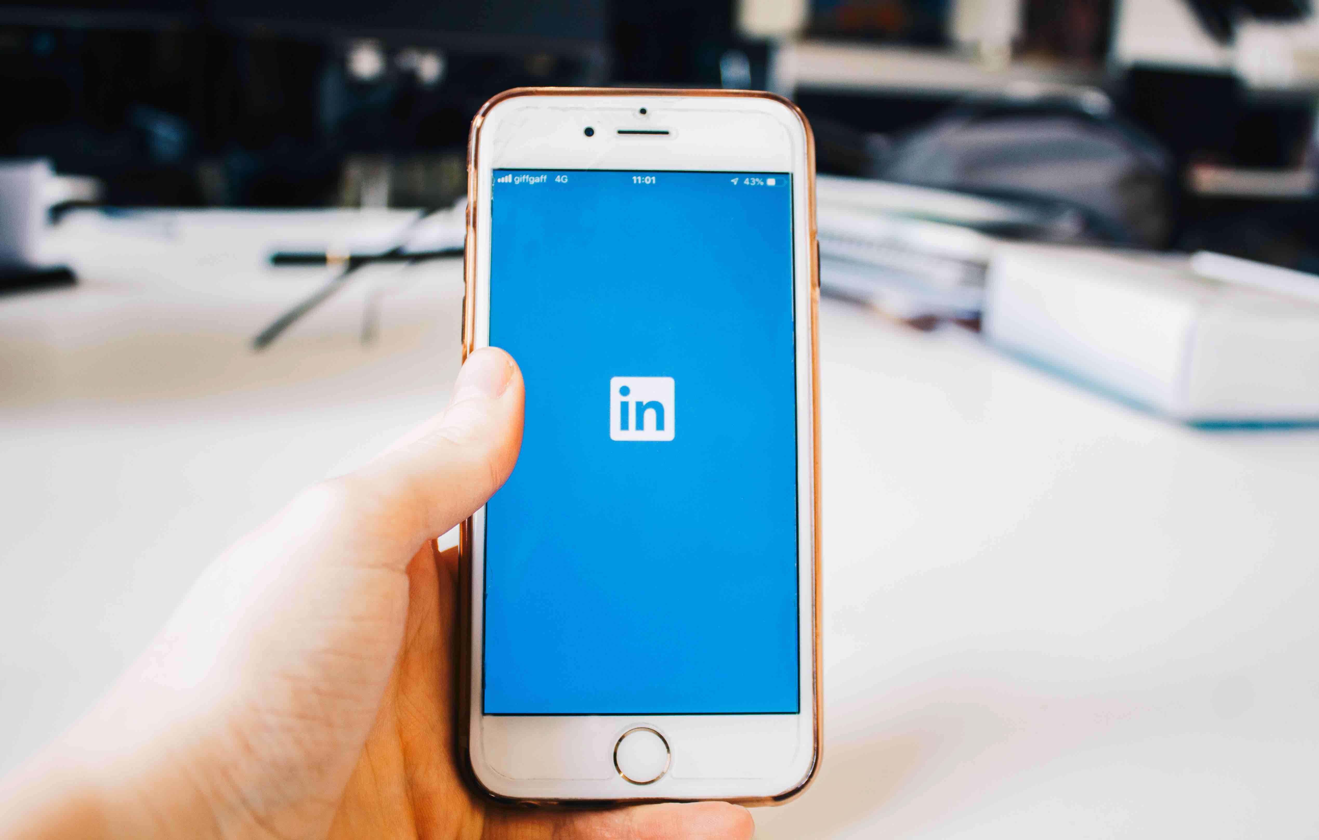 LinkedIn Marketing Campaigns | Institution UK